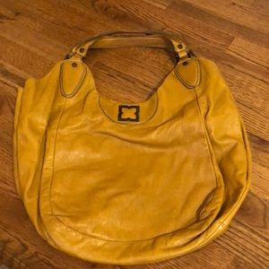 BCBG Large Bag— GREAT FOR FALL!
